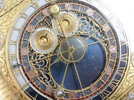 relógio artístico